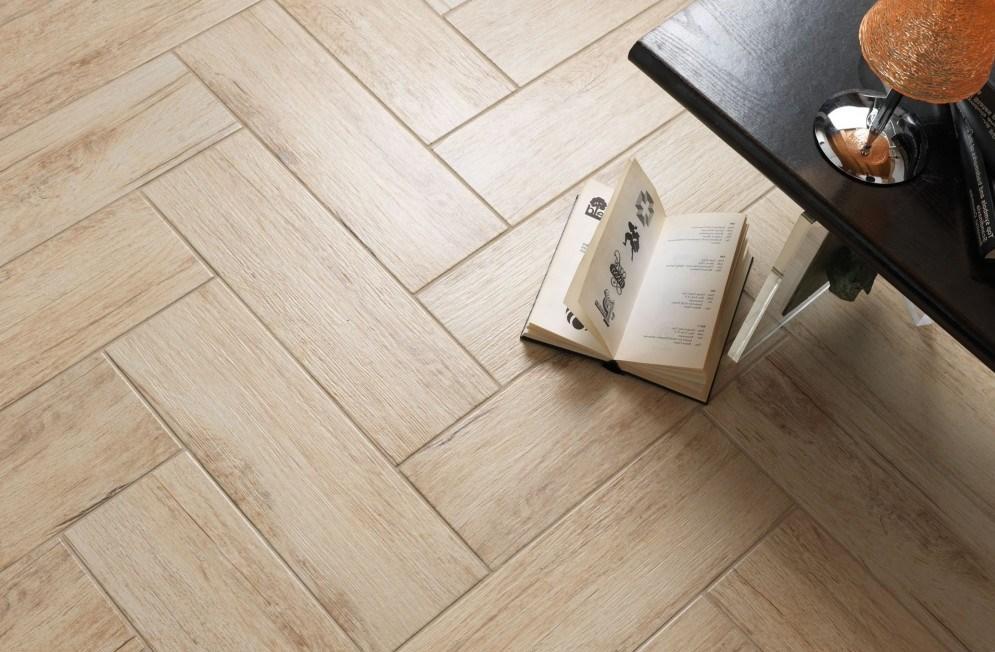 Supravegherea autoportantă a EAF pe opțiunile de podea - pardoseală