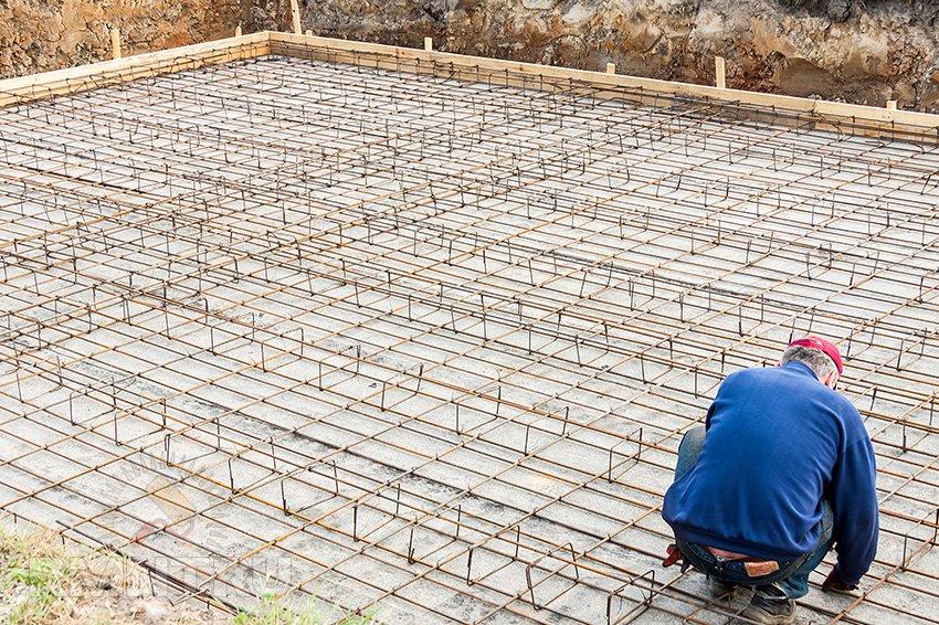 Форма в которую укладывают арматуру и бетонную смесь производство бетона таганрог