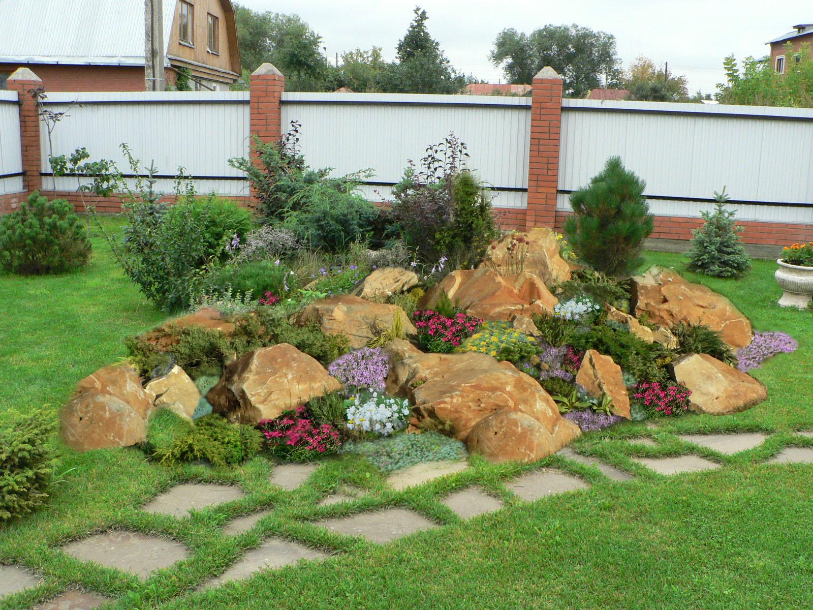 Оригинальная идея для сада – украшение расписными камнями своими руками