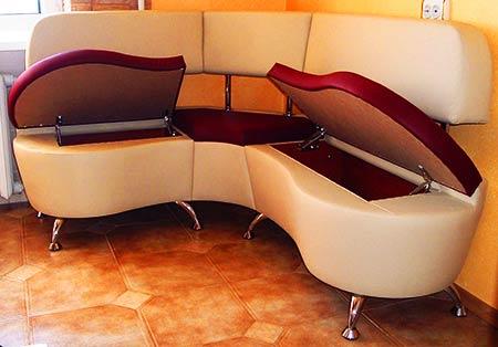 Угловой диван на кухню бу