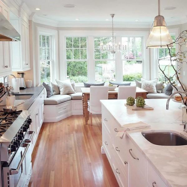 Дизайн кухни с эркером