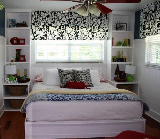 Tempat Tidur Di Bilik Yang Sempit Tidak Boleh Mempunyai Kepala Besar