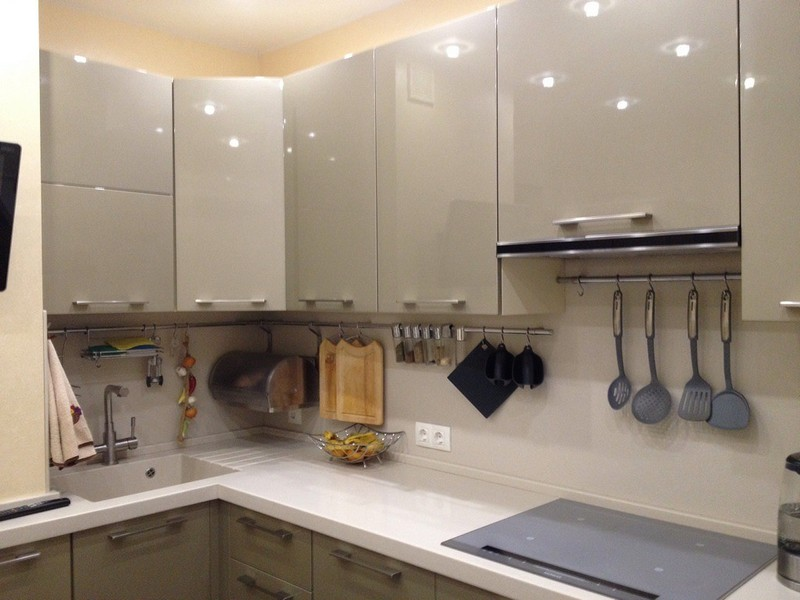 с столешницей фото бежевые серой кухни